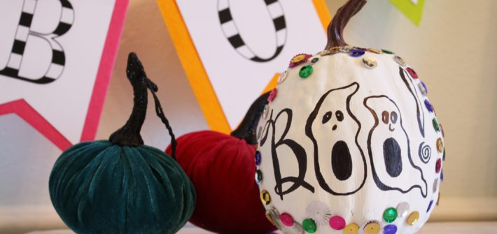 how to decorate a halloween pumpkin